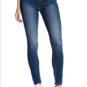 Dark wash 311 Levi's jeans